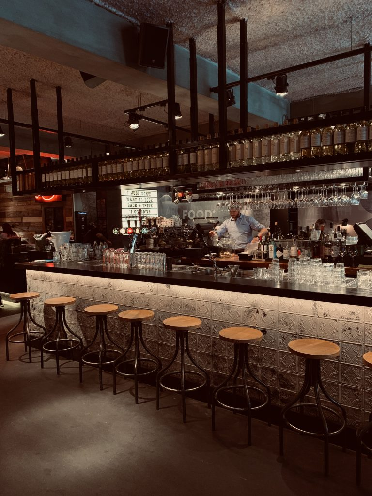 Stan & Co Bar