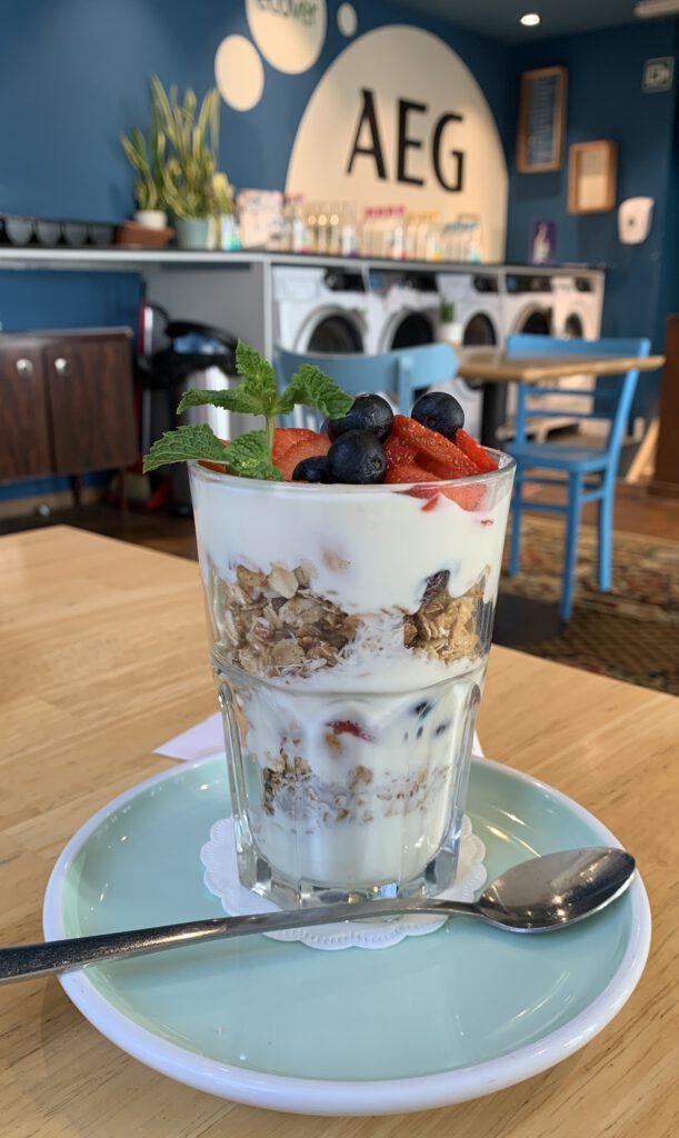Huisgemaakte Granola met Griekse Yoghurt